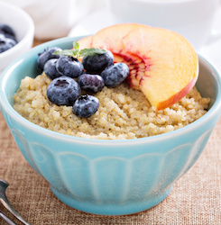 Pain-Fighting Quinoa Breakfast Porridge