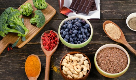 An Athlete's Guide To Inflammation: What To Eat & What To Avoid
