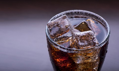 Why You Should Avoid These Popular Drinks During the Holidays