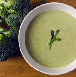 Broccoli and Spinach Detox Soup