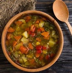 Simple Detox Vegetable Soup