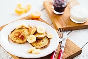 Detox Almond Butter Banana Pancakes