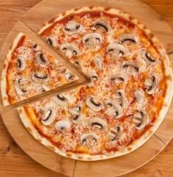Keto Cauliflower Crust Pizza