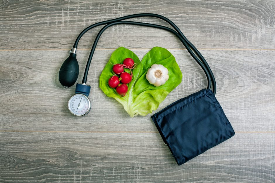 how to decrease blood pressure naturally