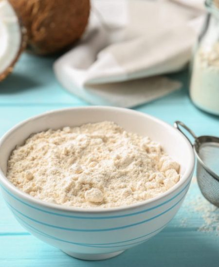 5 Best Low-Carb Flour Alternatives and How to Use Them