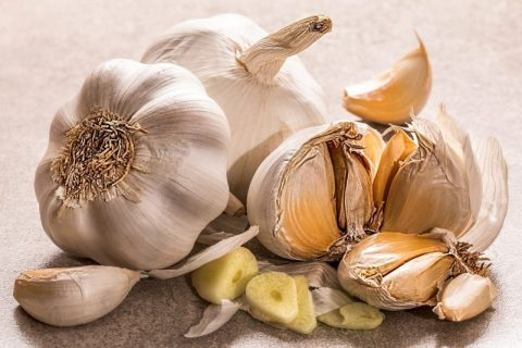 Are You Eating Garlic Wrong? Get the Most Garlic Health Benefits