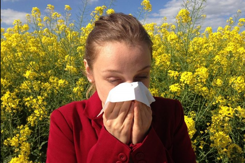 10 Natural Ways to Reduce Seasonal Allergies