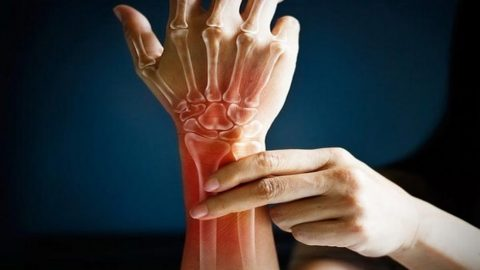 These 7 Behaviors Are Aging Your Bones